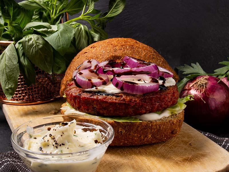 Ricetta-burger-e-salsa-cren
